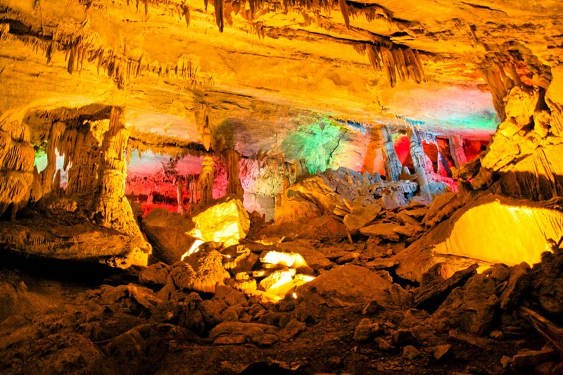 Penns_Cave